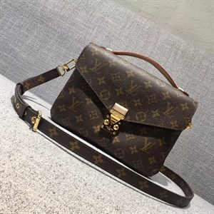 Сумка LOUIS VUITTON MONOGRAM CANVAS Pochette Metis