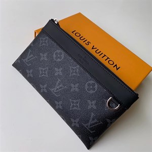 Клатч LOUIS VUITTON DISCOVERY PM