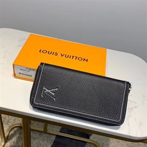 Портмоне LOUIS VUITTON ZIPPY Taurllion
